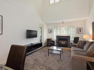 Whistler Ideal Accommodations - ski in ski out - 1 Bedroom and Loft - Whistler vacation rentals