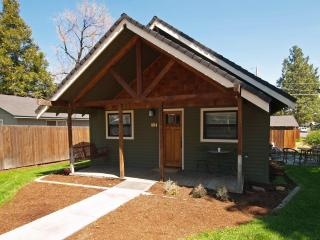 Downtown Walk Everywhere Pet Friendly  With Fenced Back Yard! - Bend vacation rentals