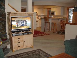 Cedar Ridge Luxury Condo Ski-in Ski-out - British Columbia Mountains vacation rentals