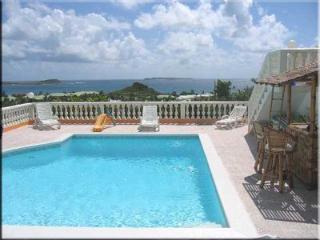 Acropole - Orient Bay vacation rentals