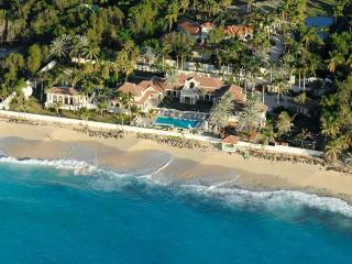 Le Chateau des Palmiers - Terres Basses vacation rentals
