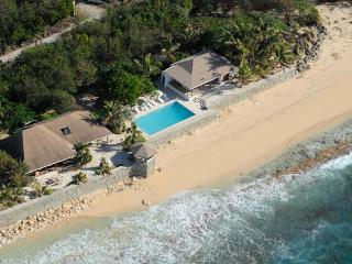 BLUE BEACH VILLA... comfortable villa on a fantastic soft, white sand beach! - Baie Longue vacation rentals
