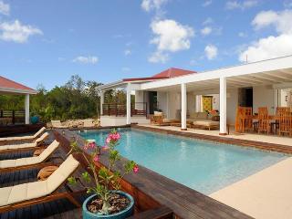 Bali - STM - Terres Basses vacation rentals