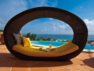 Coccinelle - Orient Bay vacation rentals