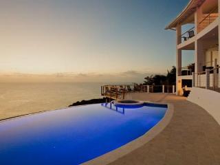 Akasha - Cap Estate vacation rentals
