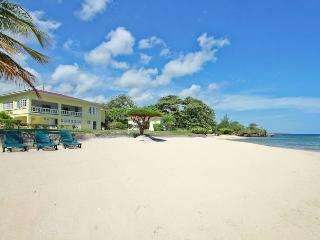 Spanish Cove at Runaway Bay, Jamaica - Beachfront, Pool, Ideal For Families Or 3 Couples - Runaway Bay vacation rentals