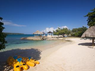 Coral Cove Villa on the Beach - Montego Bay vacation rentals