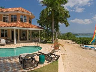 Calypso Shores - Montego Bay vacation rentals