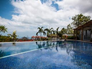 VILLA CATTALEYA, 4BDR, OCEAN VIEW, June/July DEALS - Jimbaran vacation rentals