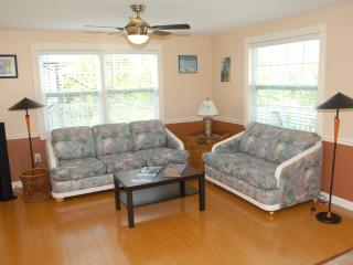 Ohana Hale North  2 or 1 bedroom on Anna Maria - Bradenton Beach vacation rentals
