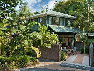Aamber Garden Villa - Federal vacation rentals