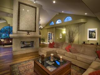 Entertainment Galore! Heated Pool, Tennis Court! - Scottsdale vacation rentals