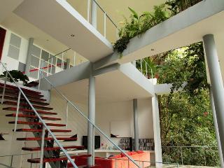$3900 per week in April! BOOK NOW!!..Ocean Vi - Manuel Antonio National Park vacation rentals