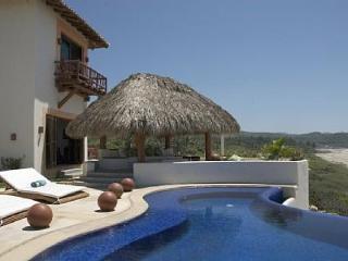 Zihuatanejo/Mexican Riviera Beachfront Villa - Zihuatanejo vacation rentals