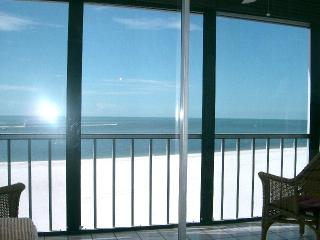 Affordable Beachfront+Pool byOwner/Shops/LoversKey - Fort Myers Beach vacation rentals