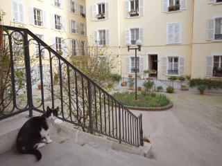 Montmartre Vacation Rental Hideaway - Paris vacation rentals