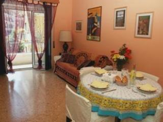 Living Room (with sofabed) - Vatican Apartment -  freeWIFI,TV SAT,AC,metro 250m - Rome - rentals