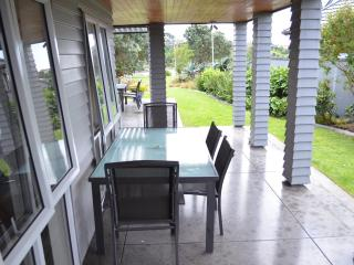 Riverside Retreat - Pakuranga - Auckland vacation rentals
