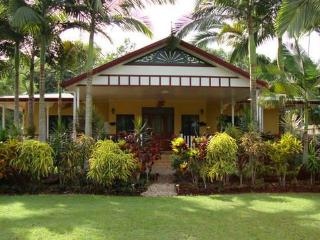 ard-na-ri luxury beach front house - Mission Beach vacation rentals