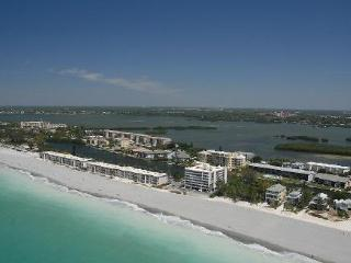 Siesta Key 2-Bedroom- Upscale- Gulf Front Retreat - Siesta Key vacation rentals