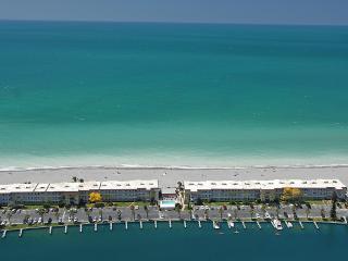 Beachfront Condo- 3-Bedroom-Upscale in Siesta Key - Osprey vacation rentals