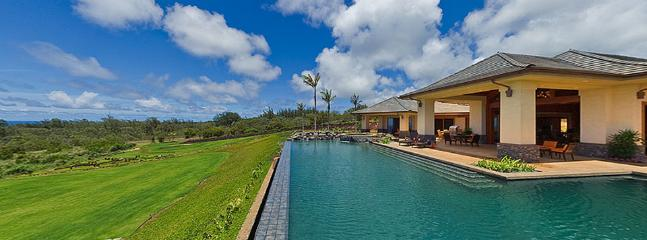 Alfresco details include showers, loungers and an area to grill out. - Golfer's Dream Vacation Home ~ Private Golf Course!! - Kapalua - rentals