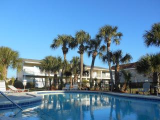 2br/2.5ba beach/Wifi/Pool- $50 off Spring week!!! - Destin vacation rentals