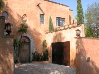 Puesta Del Sol Custom Home 3BR/3BA Panoramic Views - San Miguel de Allende vacation rentals