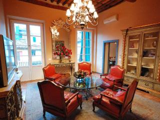 4 Bedroom Vacation Rental in Lucca, Tuscany - Lucca vacation rentals