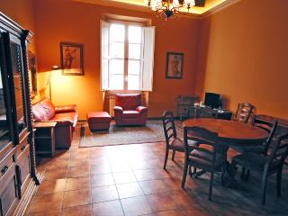 Air-Conditioned Comfort in the Heart of Lucca! - Castelvecchio vacation rentals