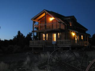 2 Bedroom Log Cabin with Spectacular Views - Moab vacation rentals