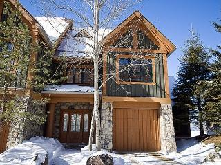 Nice House with 4 BR, 4 BA in Mont Tremblant (L'Equinoxe | 164-2) - La Conception vacation rentals