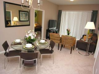 Luxury Condo @ Hotel prices -Isles of Cay Commons - Orlando vacation rentals