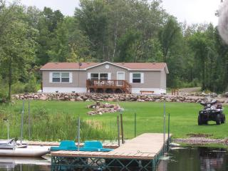 The 'Musky' vacation home on Lake Winter,Winter WI - Ojibwa vacation rentals