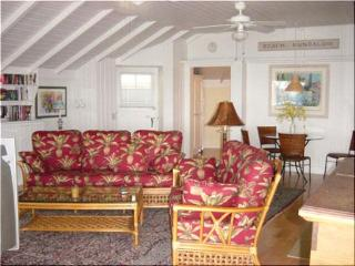 2 bdrm Laguna Beach Charmer 10 doors to 3 cove beaches - Orange County vacation rentals