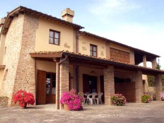 3-room apartment in the heart of Tuscany - Montespertoli vacation rentals