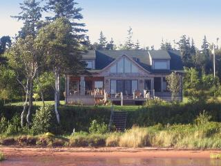 Howe Bay Beach House - PEI Luxury Vacation Rental - Cardigan vacation rentals