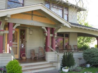 De Launay House - Ashland vacation rentals