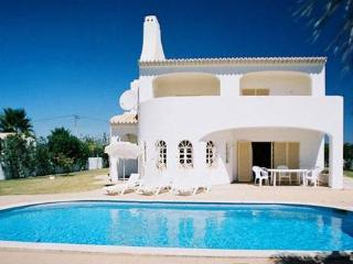 4 bdr Villa pool at Coelha Beach Albufeira - Albufeira vacation rentals