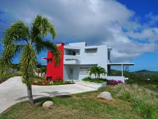 Banana Wind - New luxury villa on Vieques - Isla de Vieques vacation rentals