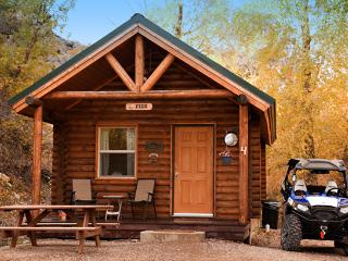 Connie & Greg's Pine Creek Cabins - Marysvale vacation rentals