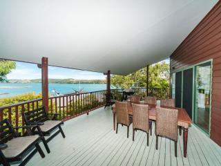 Casuarina Cove 19 - Hamilton Island vacation rentals
