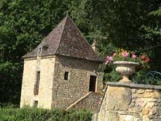 Le Pigeonnier de Roquecombe - Montcabrier vacation rentals