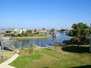 Marina Breeze ~ Lovely Waterfront Condo, Boat Slip - Slidell vacation rentals