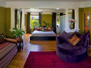 MAMA DUX - CLASSIC LUXURY IN THE HEART OF THE FUN - Santa Barbara vacation rentals