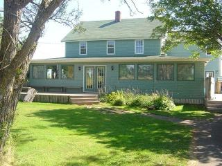 4 star Dreamweavers Home Place in Rusticoville - Cavendish vacation rentals