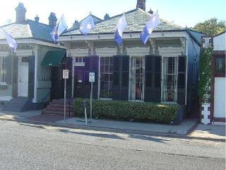 5BR/2BA Victorian Townhouse French Quarter - New Orleans vacation rentals