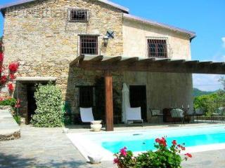 Beautiful private villa with pool and spa - Liguria vacation rentals