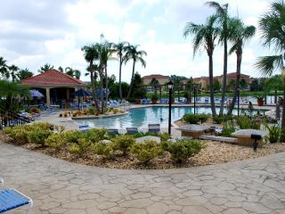A Luxuriously Furnished  Townhome with Private Spa - Kissimmee vacation rentals