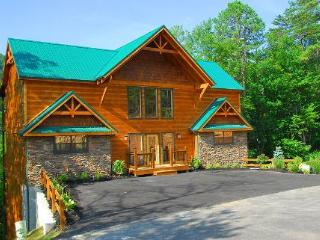 Weekend at Birnie's - 5BR/5BA, Sleeps 14 - Pigeon Forge vacation rentals